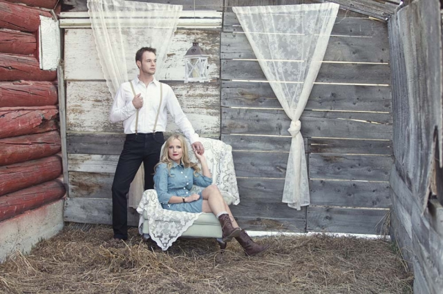 View More: http://redbloomphotography.pass.us/ryan--mary--styled-engagement